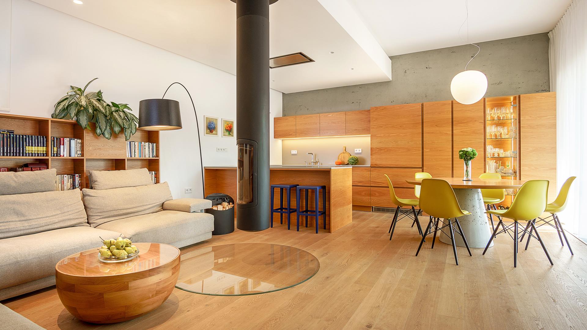 navrh interieru domu, zelene terasy, devin, interier domu, navrh jedalne, navrh kuchyne, navrh interieru kuchyne, navrh interieru, dizajn interieru, interierovy dizajner, interierovy dizajn, foscarini, focus fireplace, dining room, kitchen design, interior design,vitra chair, interior designer , prirodny dub, dubova dyha,