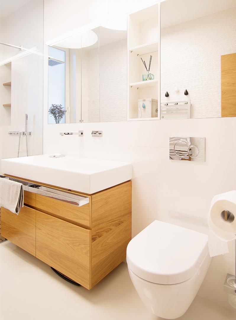 zelene terasy, interier domu zelene terasy, navrh interieru zelene terasy, devin, zelene terasy devin, navrh kupelne, navrh interieru kupelne, bathroom, bathroom design, interior design, dizajn kupelne, Villeroy & Boch, porcelanosa, kupelna s wc, interierovy dizajn, interierovy dizajner, veronika paluchova, loxone, inteligentny system, supernova, natural bathroom, kupelna so sprchovym kutom, navrh kupelne s wc