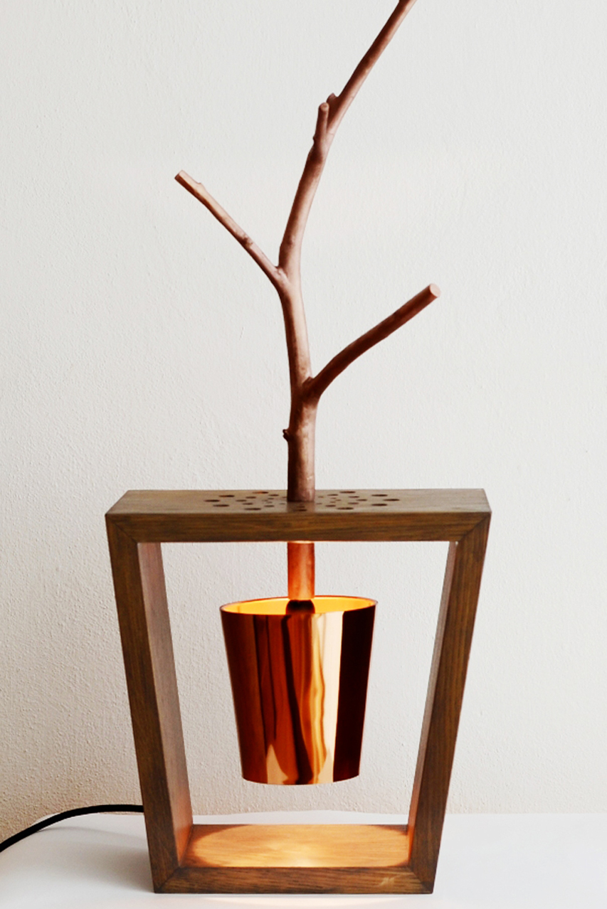 dizajn svietidla, stolna lampa, stolne svietidlo, objekt, svetelny objekt, object, lamp, table lamp, light, table light, wood lamp, wood light, nature light, cooper lamp, silver lamp, cooper, design, design light, veronika paluchova, deisgner, dizajner, light